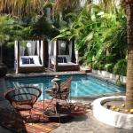 tribal-hotel-Courtyard-and-Pool_big